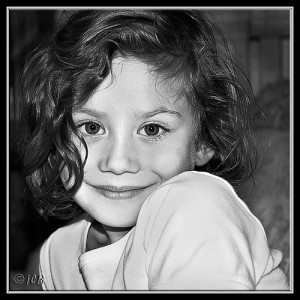 petite fille noir et blanc