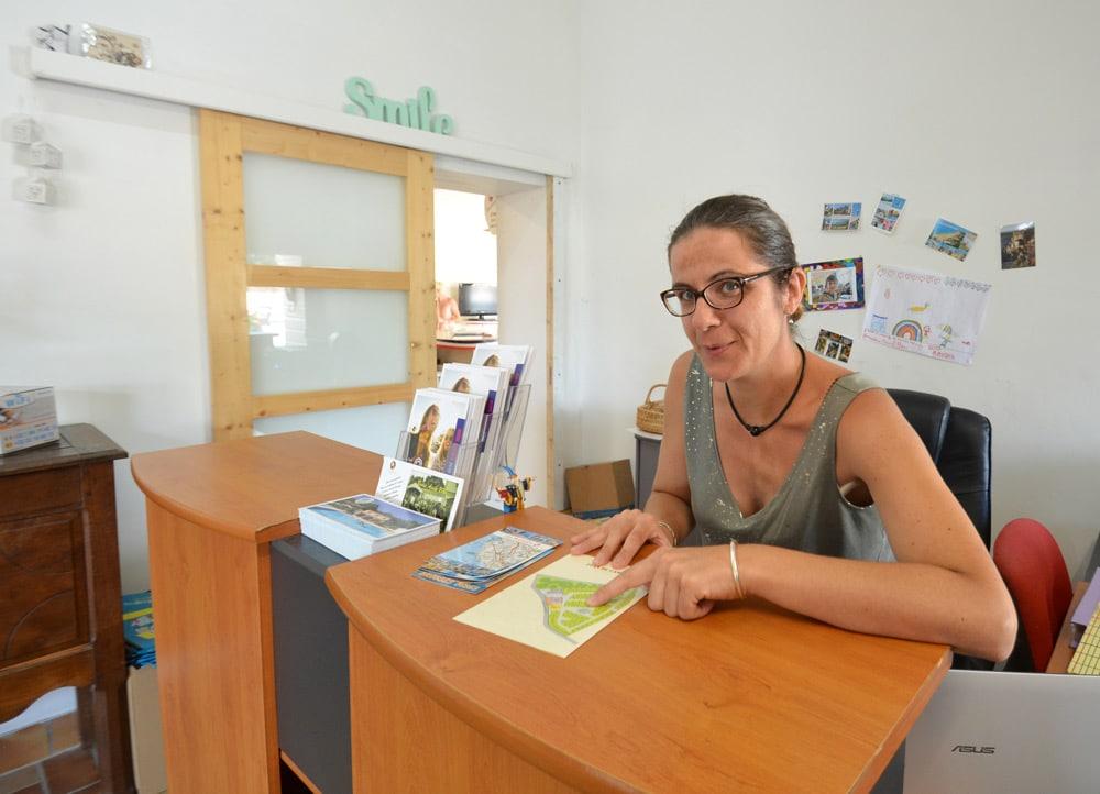 Anne-Sophie accueil réception - copyright Sabrina Echappe