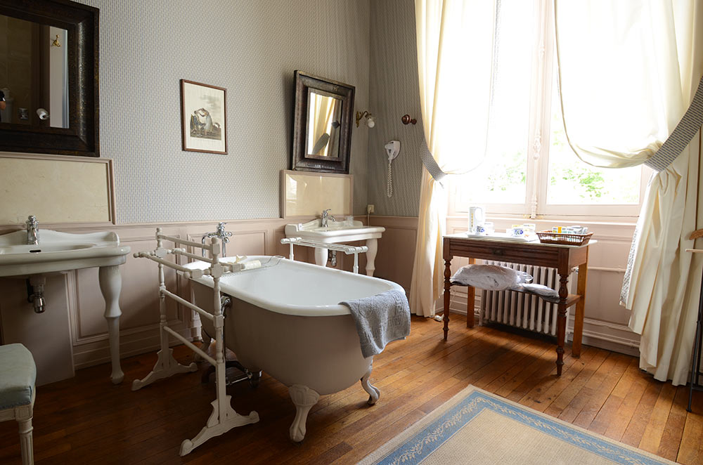 Salle de bain de l'hotel au chateau