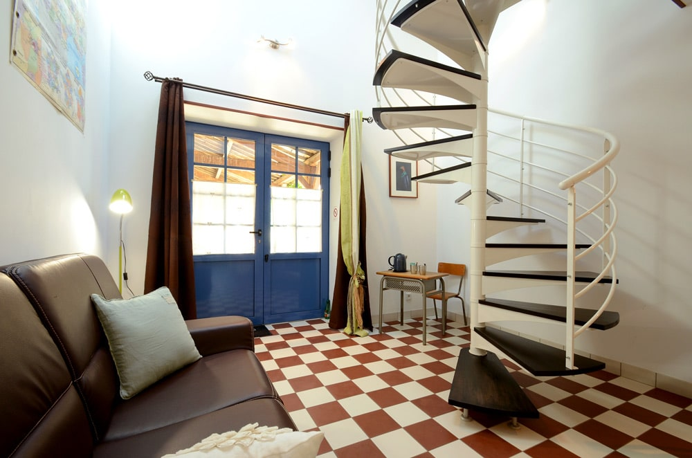 Chambre verte escalier - copyright sabrina Echappe