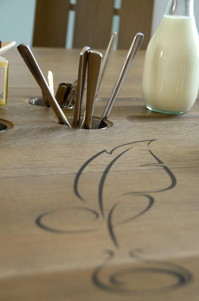Couverts, salle de petit déjeuner - copyright Sabrina Echappe