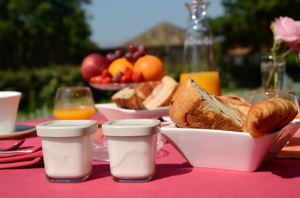 Table petit déjeuner - copyright Sabrina Echappe